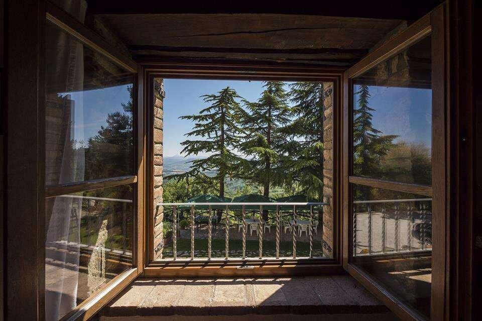 Plusy i minusy dużych okien